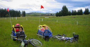 Cycle Touring with kids and trailers in Southern Lakes of New Ze