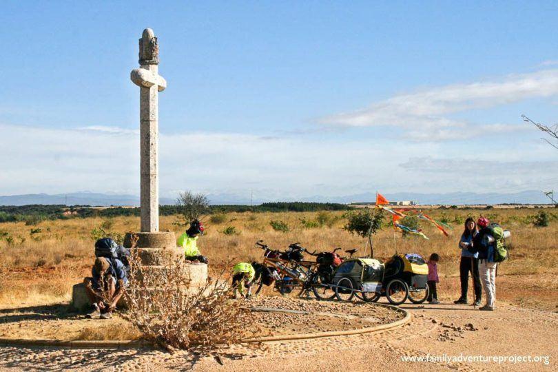Chatting with pilgrims near Astorga
