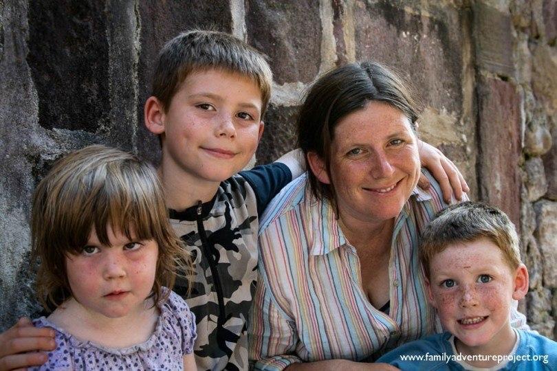 Family shot - Kirstie and kids 2008