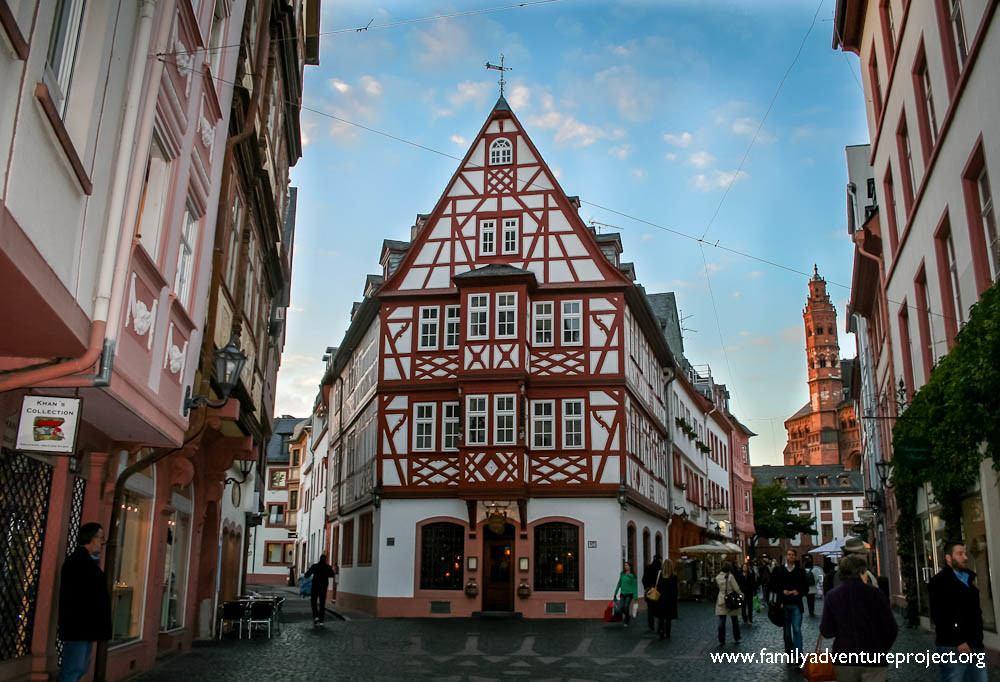 Antiquitäten Mainz landesmuseum mainz accessible tourism for history family adventure project