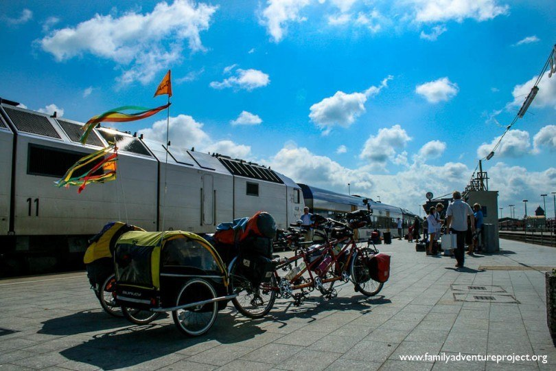Bikes waiting for train on platform