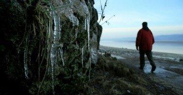 Walking in winter in Arnside