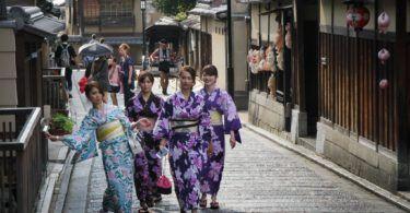 Kimono walk in Old Kyoto