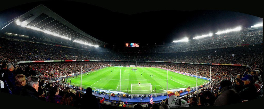 El Camp Nou del Fútbol club Barcelona by JonathanVitela https://www.flickr.com/photos/11048023@N03/4381950412/