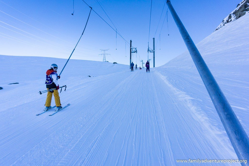 The long drag lift to Italy Bellecombe 1 in La Rosiere