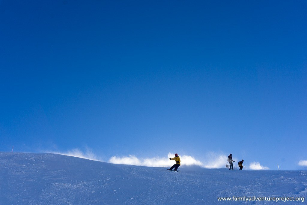 Skiing in La Rosiere heading to Italy