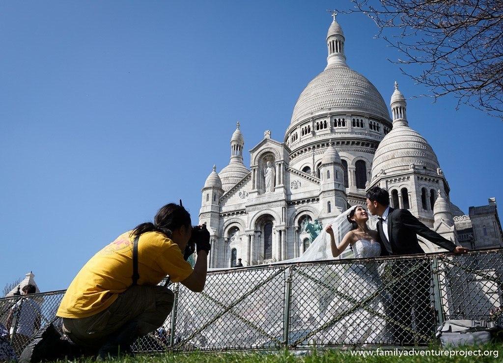 Wedding outside the Basilica de Sacre Couer, Paris