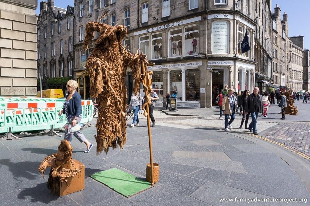 Gandalf works his magic on the streets of Edinburgh