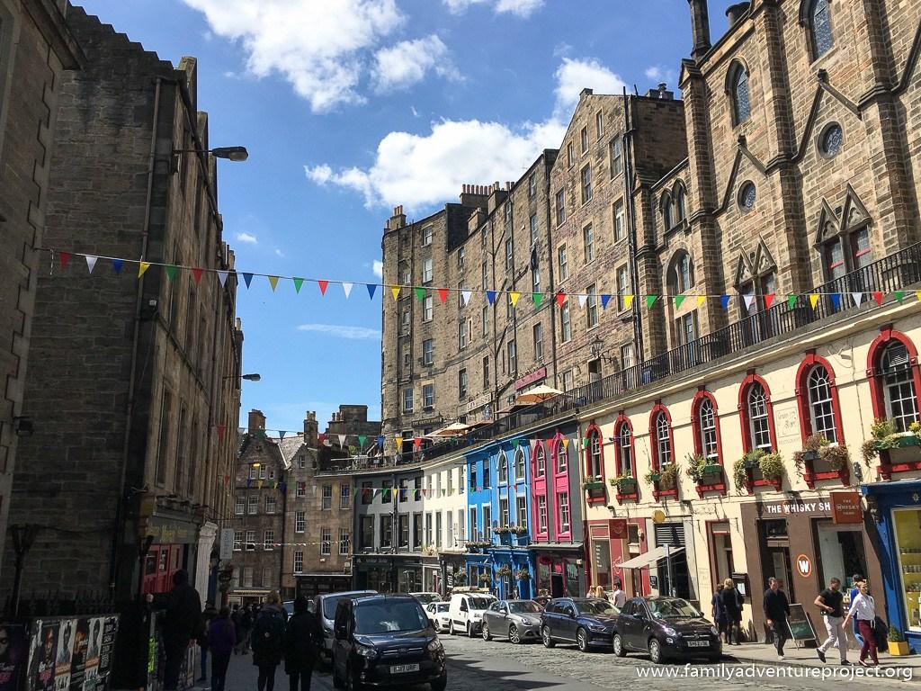 Victoria Street, Edinburgh. The inspiration for Diagon Alley?