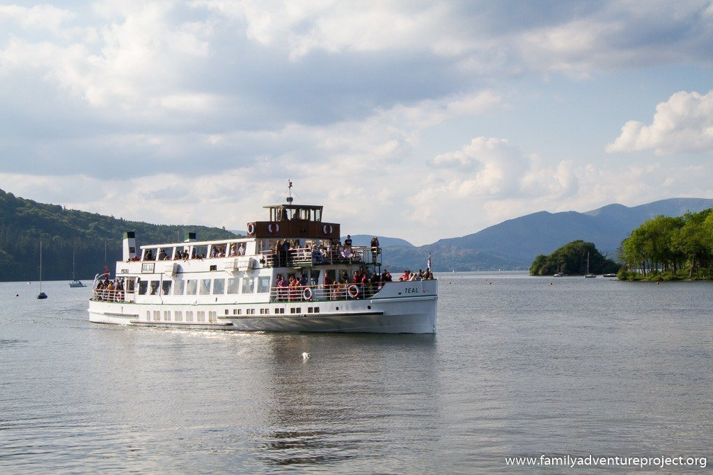 Teal approaches Bowness - Windermere Lake Cruises