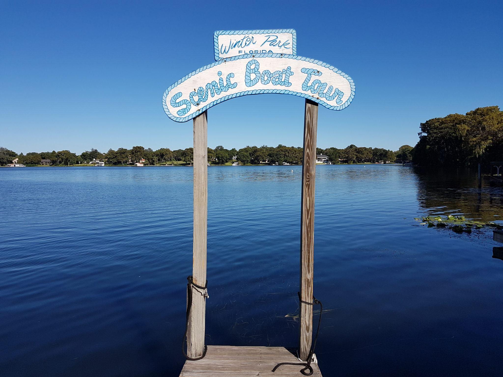 Scenic Boat Tours Winter Park. Image by Ella Buchan