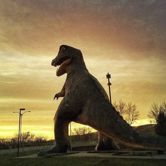 The Largest Dinosaur in the World at Drumheller. Image credit: Andy Hod @themanwho66